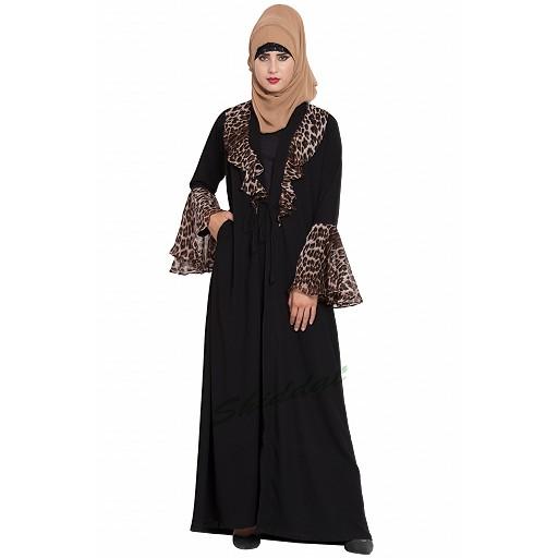 Cardigan abaya with animal print